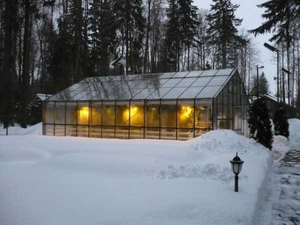 Как построить большую теплицу с отоплением